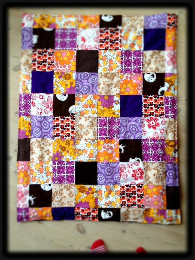 Ungdommelige kvadratisk patchwork tæppe baby | kontrastART US79