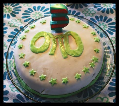 Ottos kage - med fingerhuller!!